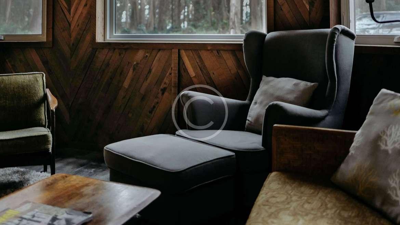 10 Tips for Restoring Old Furniture